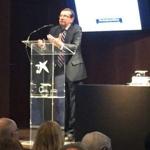 Prof. Resnikoff en la conferencia