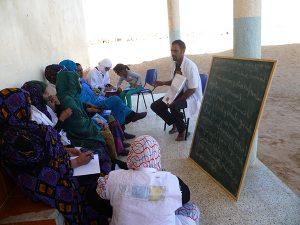 Training Sahrawi women in eye health