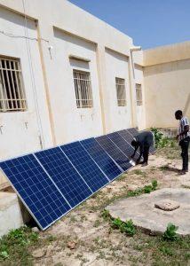 Instalando placas solares