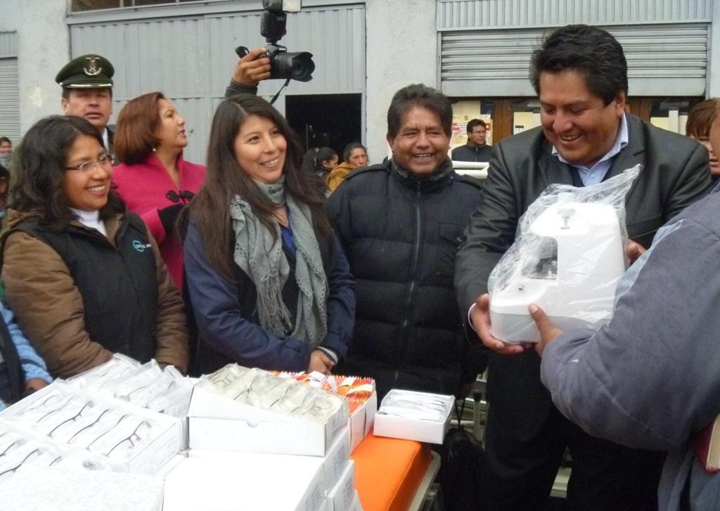 Inauguració  optica El Alto